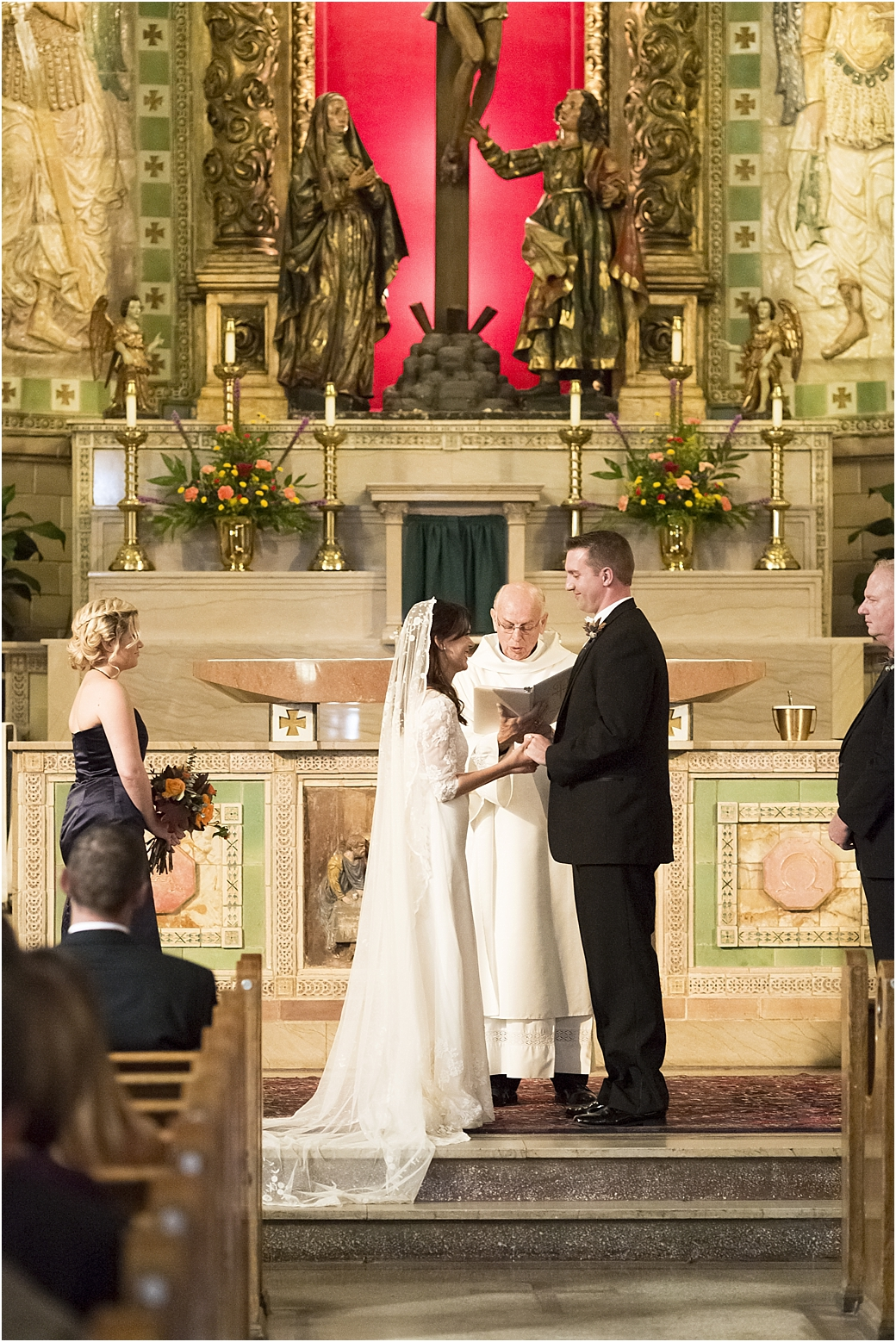 basilicaofstlawrencecenturyroomdestinationwedding25.jpg